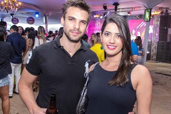 Diego de Rossi e Larissa Scheihideler  ( Rômulo Juracy/Divulgação)