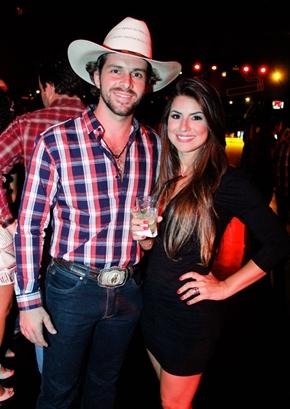 Josué Vieira e Julie Tavares (Rômulo Juracy/Divulgação)