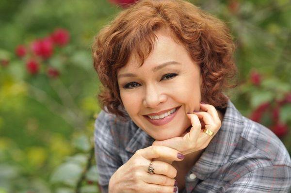 Julia Lemmertz será a protagonista Helena (TV Globo/Divulgação)