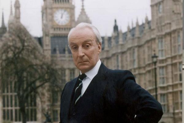 O personagem Francis Urquhart, do House of cards britânico, é inspirado em Ricardo III (BBC/Divulgação)
