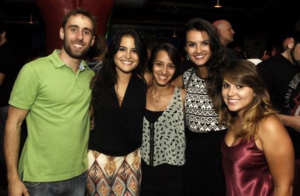 Pedro, Carol, Renata, Luíza e Alice (Gustavo Messina/Esp. CB/D.A Press)