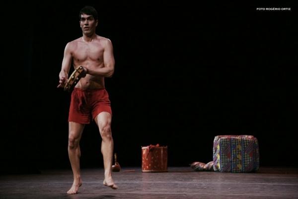 A dança nordestina é a base da peça, em cartaz em Brasília no fim de semana (Rogério Ortiz/Divulgação)