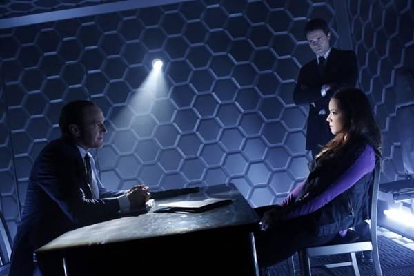 Inspirada nos filmes Os vingadores, série mostra o treinamento dos agentes da S.H.I.E.L.D.S  (Sony/Divulgação)