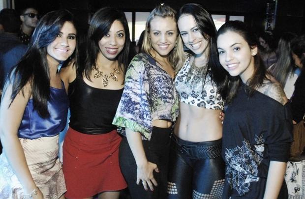 Fernanda Fernandes, Glancia e Priscila Fernandes, Aline Ribeiro e Renata Botelho (Gustavo Messina/Esp. CB/D.A Press)