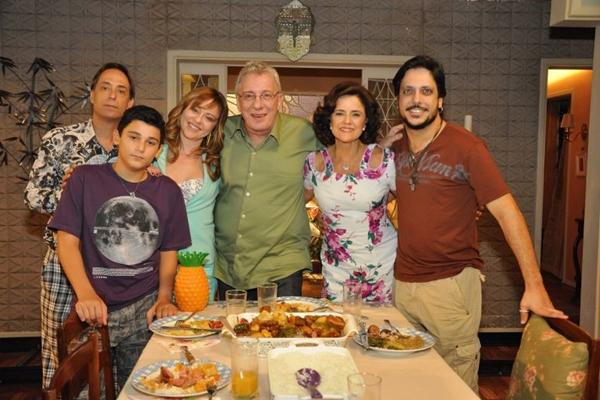 Elenco da série A Grande Família, que chegaa última temporada  (Paulo Renato Faber/Divulgação)