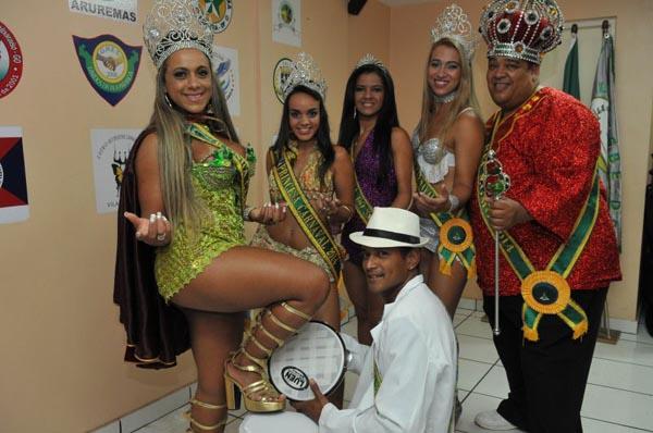 O Pré-Carnaval de Rua terá as presenças da rainha (E) e do Rei Momo (Marcelo Ferreira/CB/D.A Press)