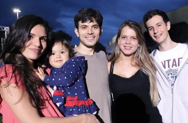 Ilca Lemos, Morena Montiel, Pablo Le Roy, Carolina Parente e João Andrade (Rodrigo Resende/Divulgação)