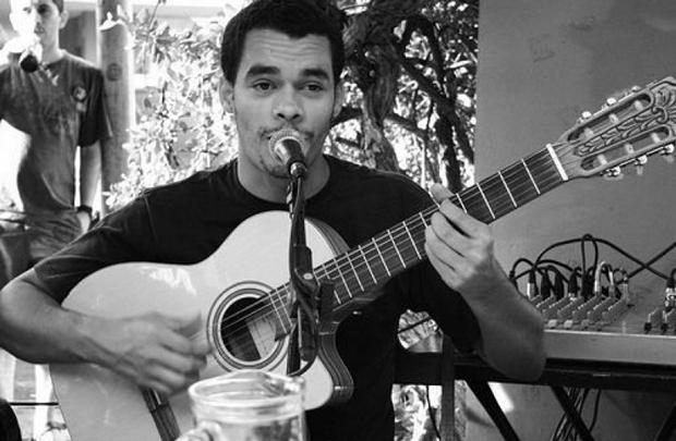 O músico Tyayro Pimenta comanda a programação durante o carnaval (Maracangalha Produções/Divulgação)