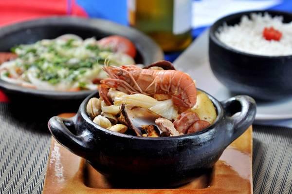 Pulmay, caldo típico do sul do Chile, à base de proteínas e legumes ( Antonio Cunha/Esp. CB/D.A Press)