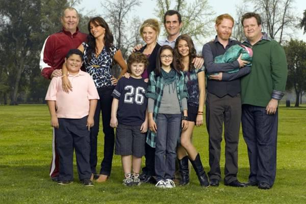 Modern family debate temas como a sexualidade e o preconceito com muito humor (Fox/Divulgação)