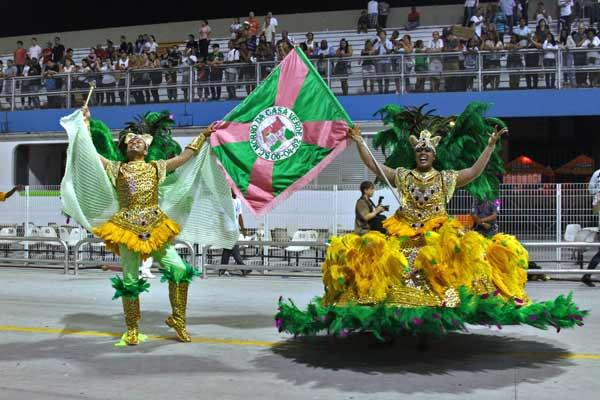 Morro da Casa Verde desfila com o samba O Bicho Vai Pegar...  (Reprodução Internet/Portal O Carnaval de São Paulo)