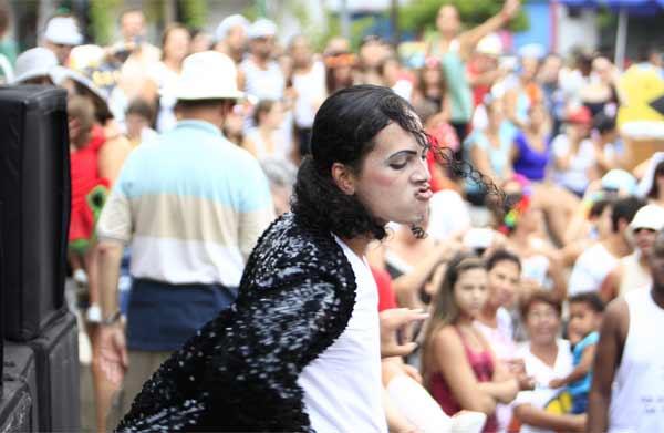 Thriller elétrico arrasta multidão no Rio de Janeiro em homenagem a Michel Jackson (Raphael David (9)Por RIOTUR | ASCOM)