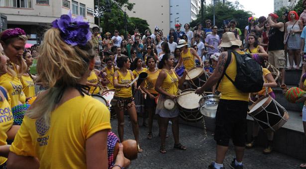 Bloco Baque de Mina, no Centro de BH (Cristina Horta/EM/D.A Press)