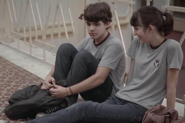 Cena do filme 'Hoje eu quero voltar sozinho' (Reprodução/Youtube)