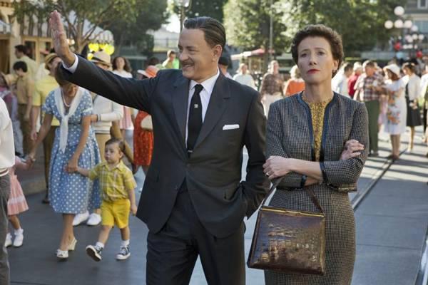 Tom Hanks, como Walt Disney e Emma Thompson, como Pamela Travers (François Duhamel/Divulgação)