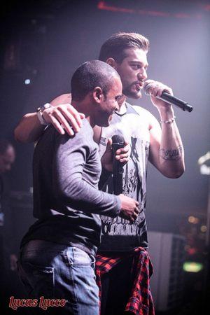 Cantores Herli Dias e Lucas Lucco, em apresentação em Brasília (Facebook Herli Dias/ Reprodução)