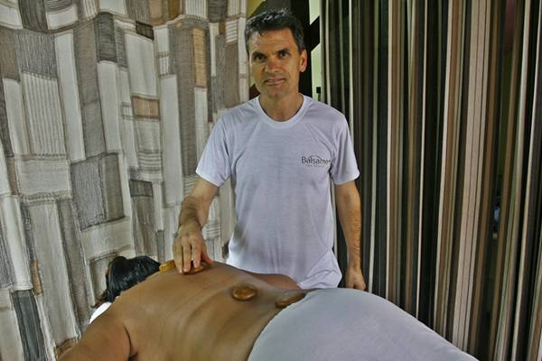 Terapias de relaxamento: técnicas naturais do Bálsamo, spa no Lago Norte (Dênio Simões/Esp. CB/D.A Press)