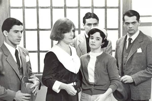 Elenco estelar chamava a atenção em produção da emissora de Silvio Santos (SBT/Divulgação)