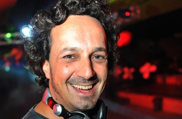 O DJ Miro Rizzo é uma das atrações da festa (Luis Xavier de França/Esp. CB/D.A Press)