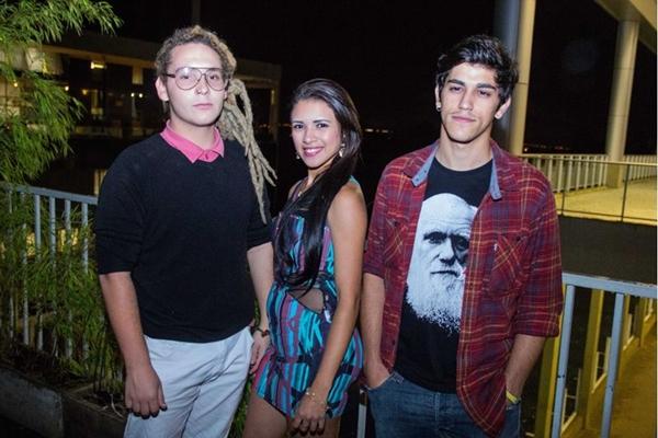 Felipe Manfrin, Stela Mendes e Derick Trindade