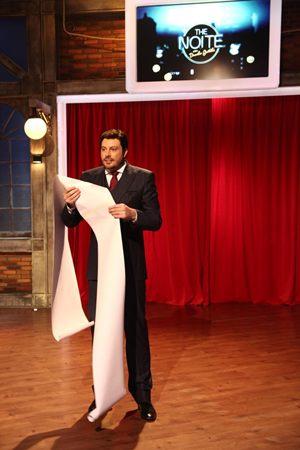 Danilo Gentili em apresentação do The Noite  (SBT/Divulgação)