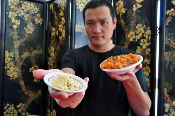 Jackson Yang ressalta a importância do gengibre na culinária chinesa (Paula Rafiza/Esp. CB/D.A Press)