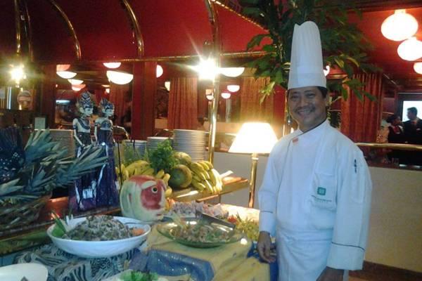 Chef Sugito Martosuwito trabalha em um hotel de 5 estrelas na Indonésia (Arquivo Pessoal)