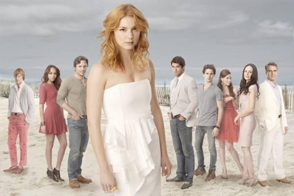 Série Revenge é um dos exemplos de produção que explora o drama (Sony Channel/ Divulgação)