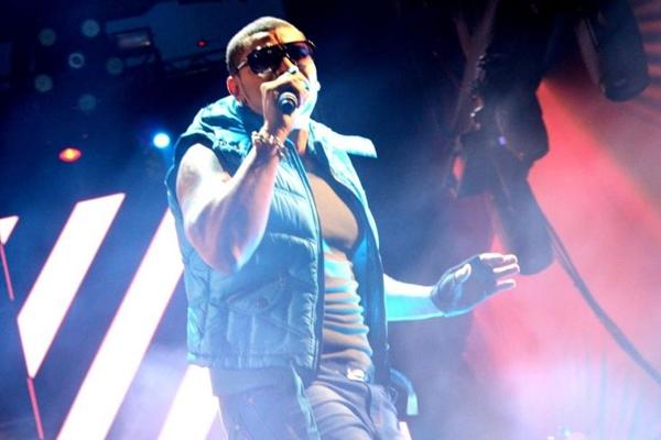 Em 2013, o cantor esteve na lista dos mais tocados em baladas  (Reprodução Internet)