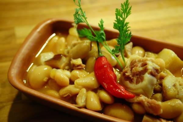 Fabada asturiana: feijoada à espanhola para comer de colher  (Bruno Peres/CB/D.A Press)