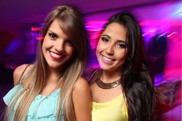 Kamila Queiroga e Nathalia Oliveira na festa Inferninho, em janeiro de 2014 (Lula Lopes/Esp. CB/D.A Press)