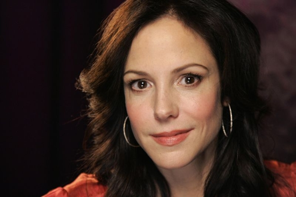 Mary-Louise Parker interpreta Nancy Botwin, uma traficante que sempre escapa da polícia (Jeff Christensen)
