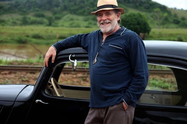 José de Abreu atua como Ernest, em Joia Rara (Camila Botelho/Divulgação)