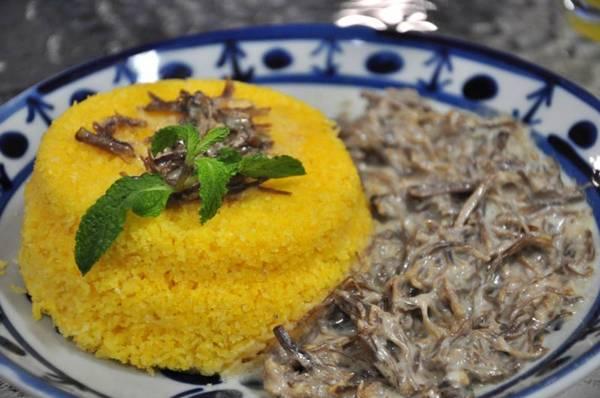Cuscuz com carne de sol: prato oferecido em A Barraca no Guará ( Paula Rafiza/Esp. CB/D.A Press)