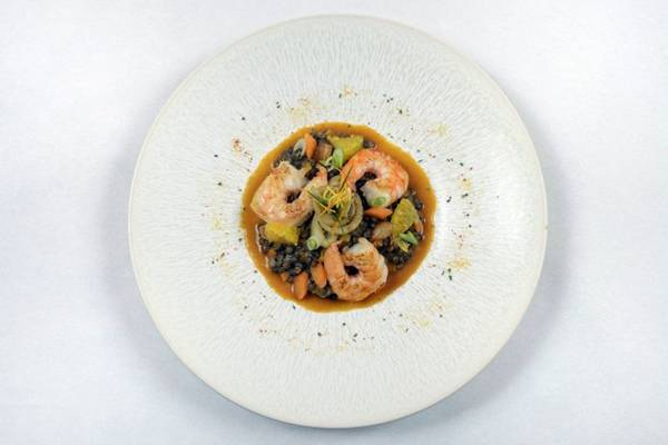 Prato ragu de lentilhas verdes de puy com camarões, servido na classe executiva (Patrick Delapierre/Air France)