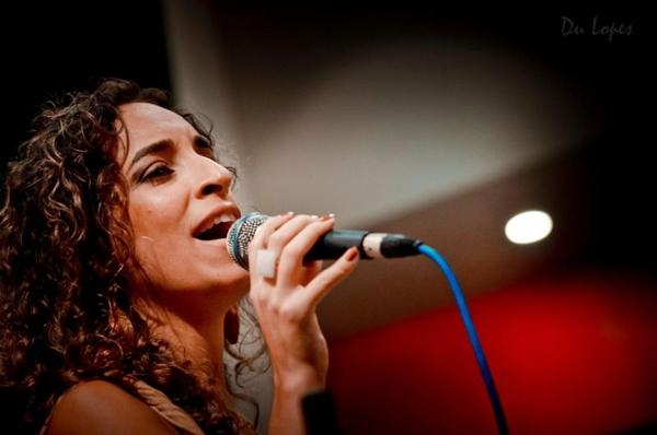 Litieh Pacelle: canções autorais e clássicos da música brasileira (Du Lopes/Divulgação)