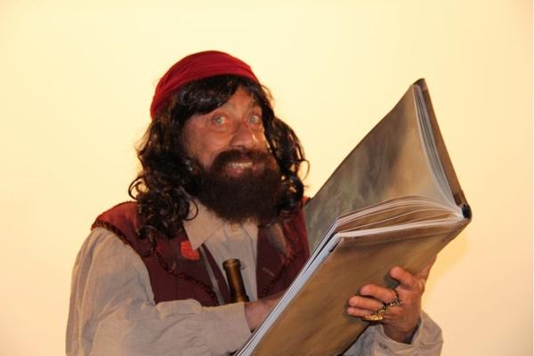 O pirata Papaceta conta a história da colonização do Brasil de modo controverso  (Risoflex/Divulgação)