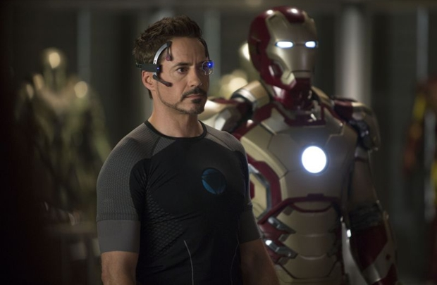 No terceiro filme, Tony Stark enfrenta crises e inimigos poderosos (Marvel/Divulgação)