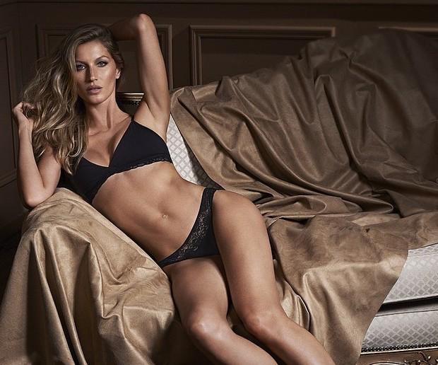 Top model brasileira completará 34 anos em 2014 (Instagram/Reprodução)
