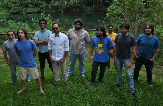 Integrantes da banda Móveis Coloniais de Acaju (Iano Andrade/CB/D.A Press)