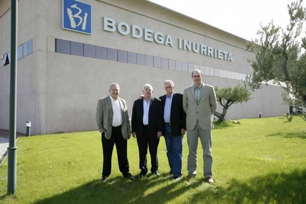 Fundadores do Bodega Inurrieta: José Antonio Arriola (E), Antonio Antoñana, Juan Mari Antoñana e Tomas Antoñana (Acervo Bodega Inurrieta)