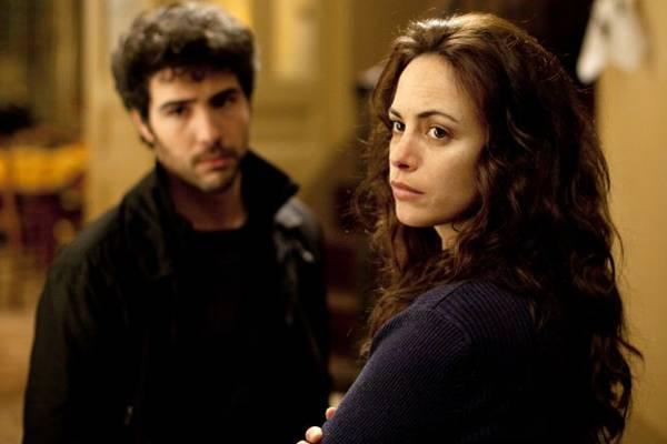 Em meio à confusão familiar, Marie tem que resolver o divórcio (California Filmes/Divulgação)