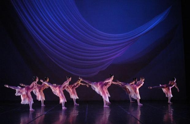 Além da expressão artística, o balé representa uma forma de aliviar tensões (Anderson Corsinho/Divulgação)