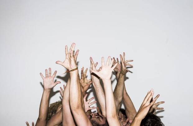 Cinco textos do autor serão encenadas em dois atos independentes (Diego Bressani/Divulgação)