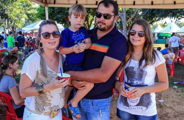 Denise, Hernane, Junior e Estela Queiroz ( Romulo Juracy/Esp. CB/D.A Press)