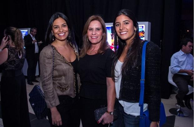 Caroline, Soênia e Gabriela Araújo (Romulo Juracy/Esp. CB/D.A Press)
