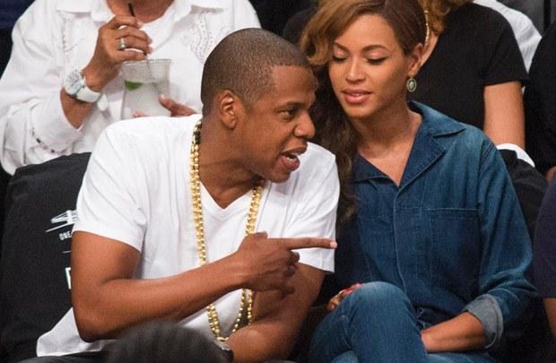 Um dia após a confusão, o casal parecia bem na partida da NBA (Reprodução/Internet)