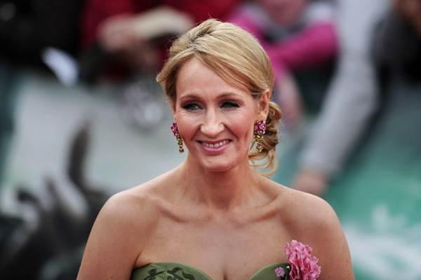 J.K. Rowling, autora de Harry Potter, será a roteirista de 'Animais Fantásticos e Onde Habitam' (Carl Court/AFP Photo)