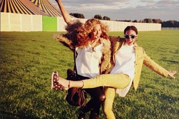 Beyoncé postou fotos ao lado da irmã após briga em família (Reprodução/Instagram)
