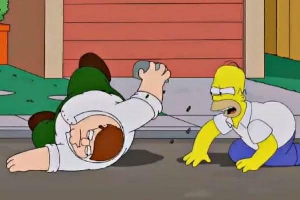 Pela primeira vez, Uma família da pesada e Os Simpsons se encontram em episódio (FOX/Divulgação)